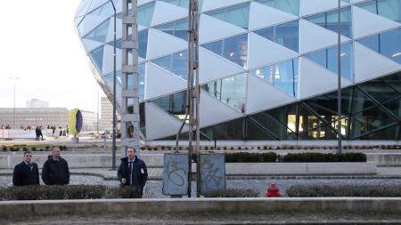 Andreas Fogarasi, Budapest, 2015. Fotograma del vídeo HD, sonido